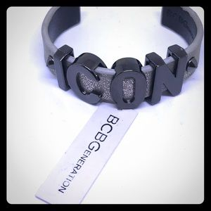 BCBG ICON Statement Cuff Bracelet [JW-47]
